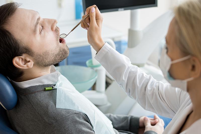 【淺談牙齦炎】牙齦炎症狀的發生與治療方式