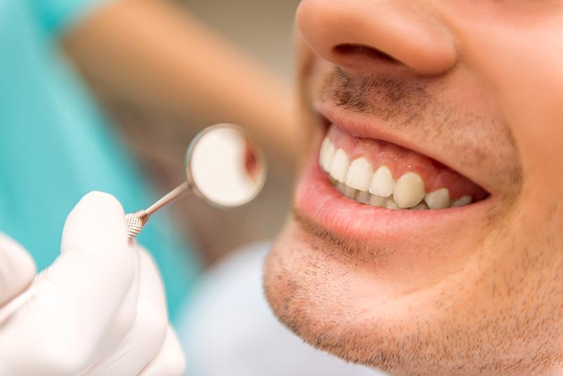 植牙假牙那一種比較好?植牙假牙比較大公開