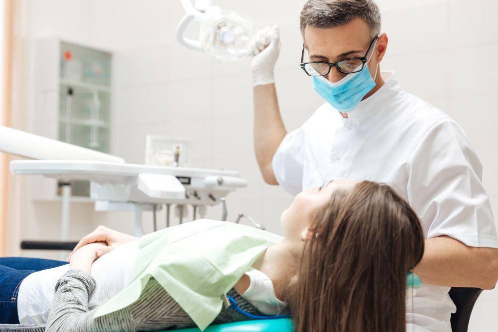 植牙牙齦萎縮你有嗎?牙齦萎縮如何治療?